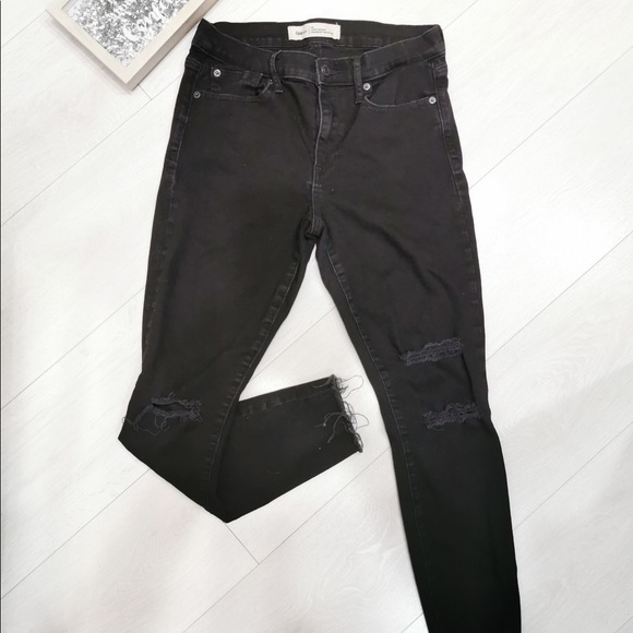 Gap True Skinny Ripped Black Jeans - Size 29